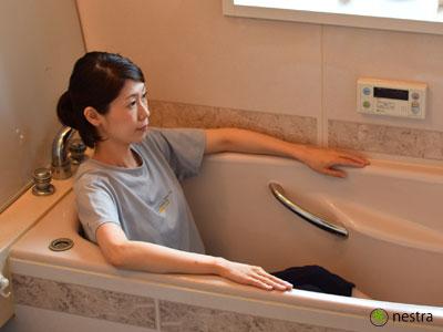 お風呂-猫背・内巻き1