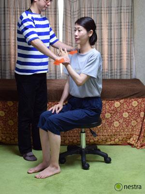 肩の痛みテスト4まとめ-ベアハグ3