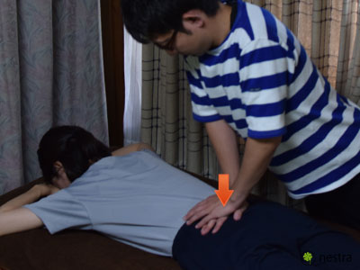 腰の痛みテスト-ニュートン3