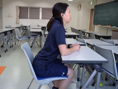 腰が痛い時の座り方2