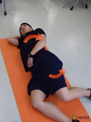 横向き寝5