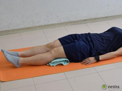 出産後腰痛-バスタオル
