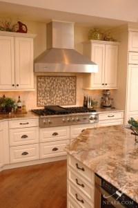Elegant Traditional Kitchen