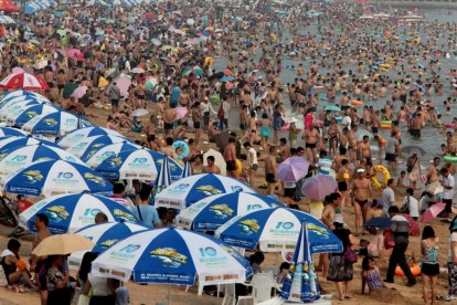 the-10-most-crowded-places-in-the-entire-world-4