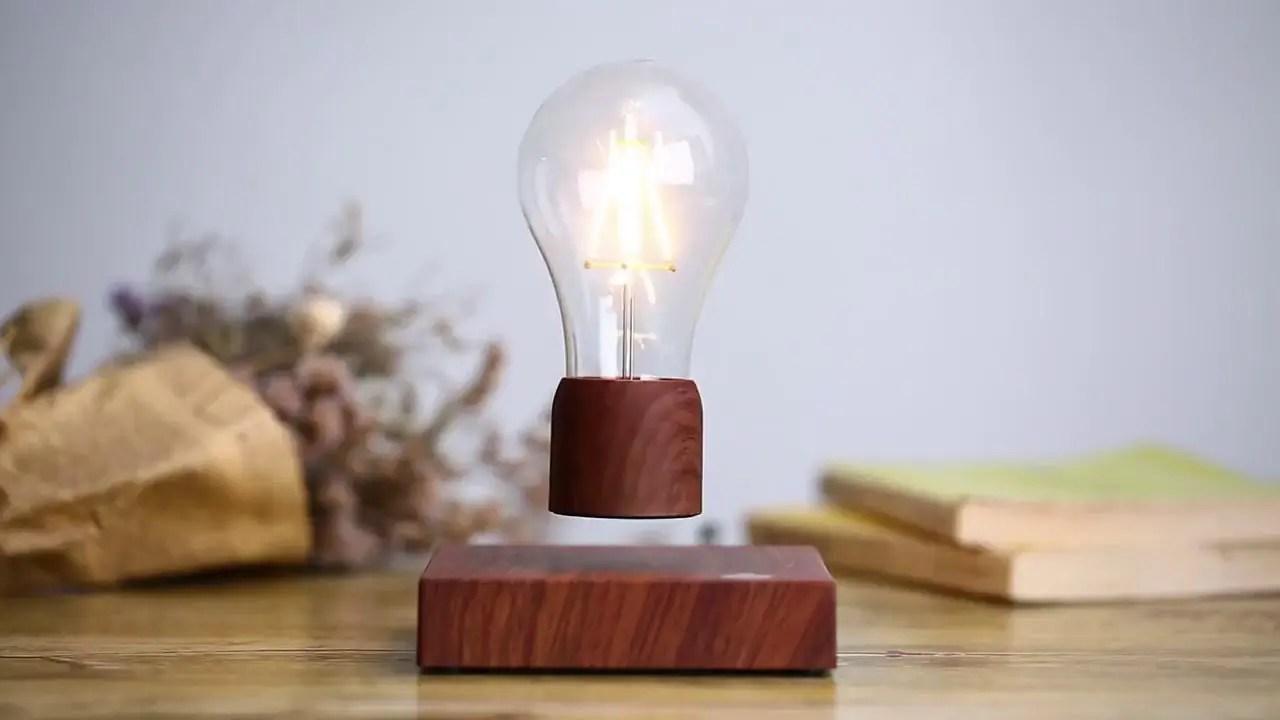 Volta Floately - The Floating Light bulb
