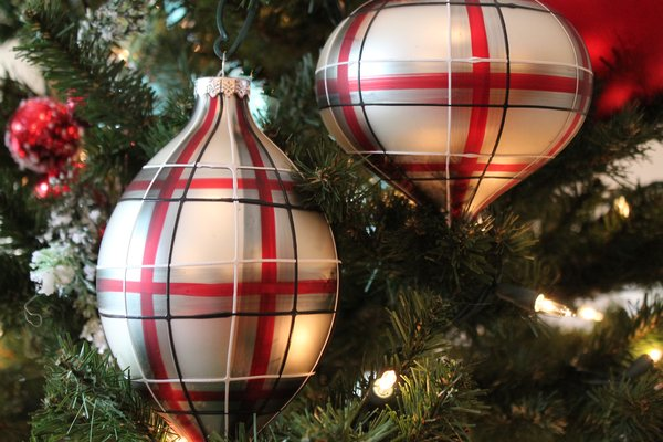 Plaid Glass Christmas Ornament Browse Home And Garden