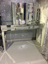 Stunning diamond crush dressing table mirror/ console ...