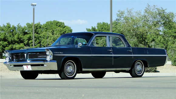 Lot 350 - 1963 Pontiac Star Chief 4 Door Sedan