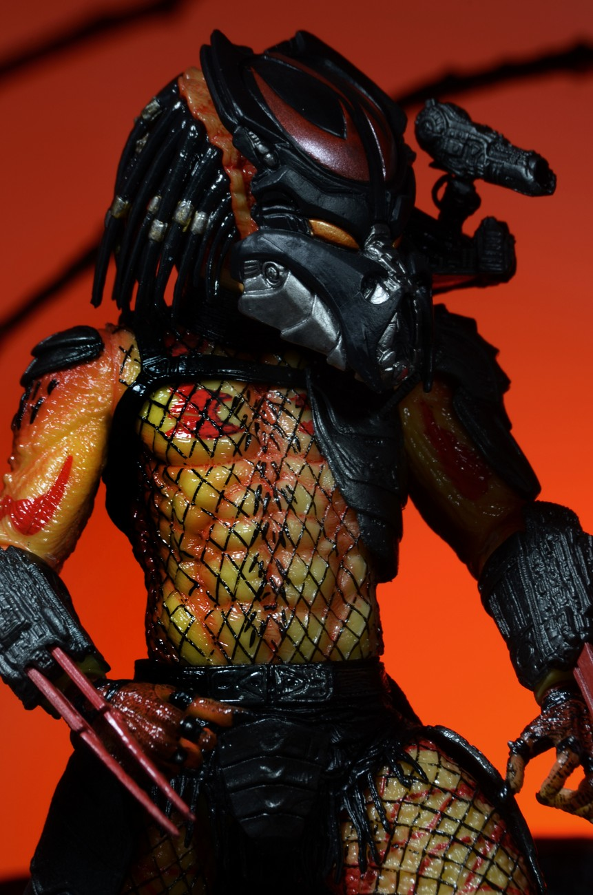 Closer Look Viper Predator Action Figure From Series 12