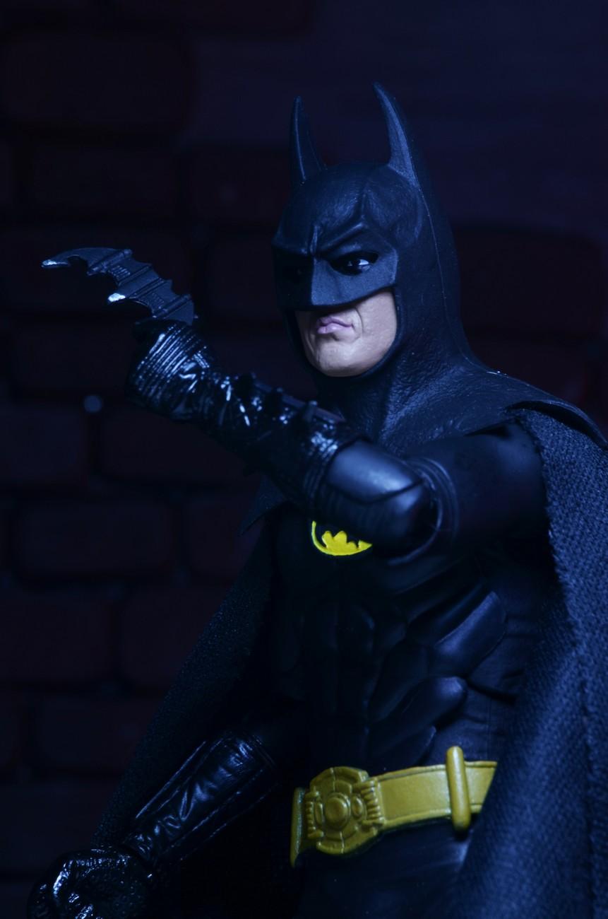 Closer Look 25th Anniversary Batman 7 Promo Figure