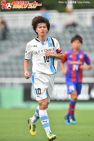 2016_club_youth_frontale003