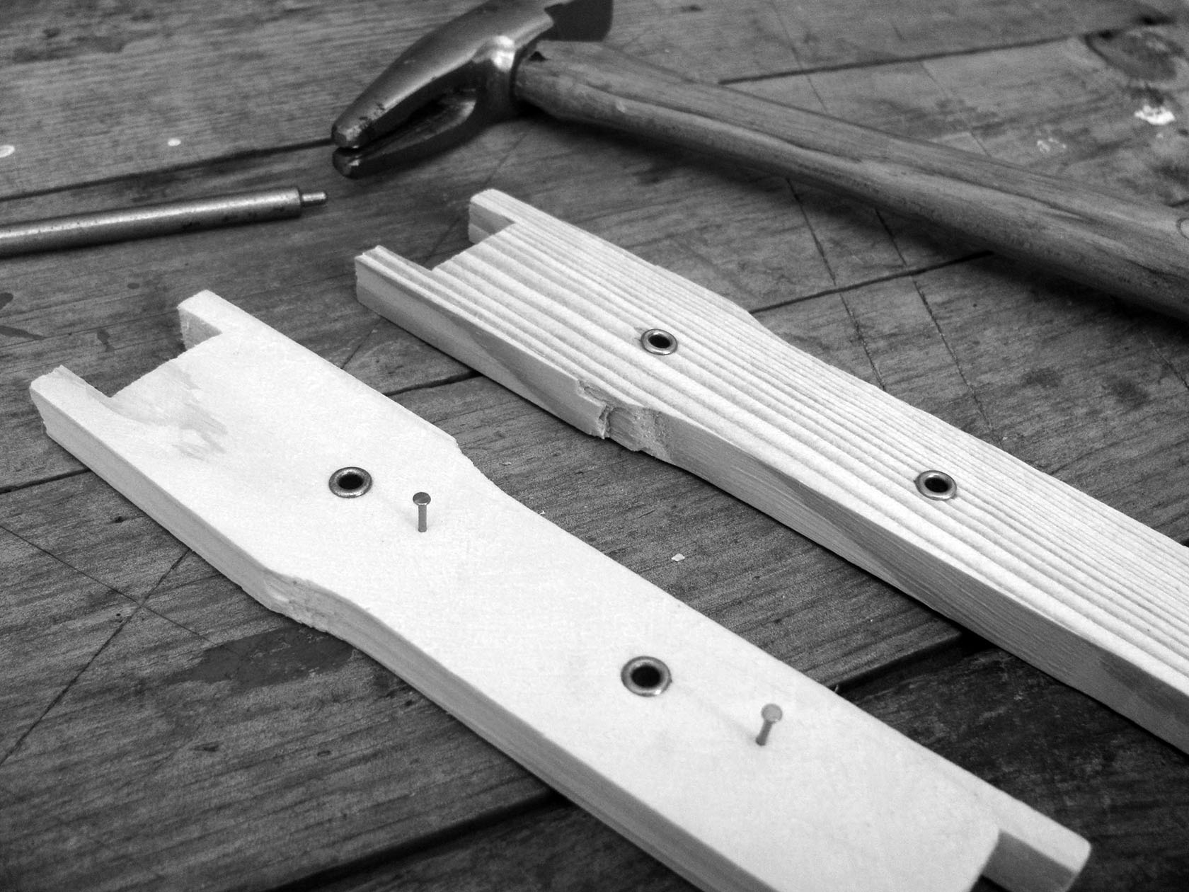 hight resolution of it is easiest to prepare your frame for wiring before assembly using your eyelet punch insert eyelets into each of the predrilled holes on your frame side