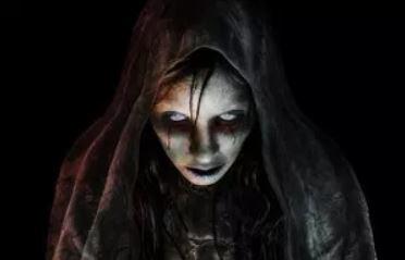 Halloween: Twelve Terrifying Two Sentence Horror Stories