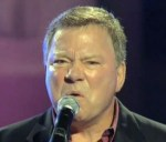 "William Shatner Sings ""My Way"" to George Lucas: And Aren't These Conventions Wonderful?"