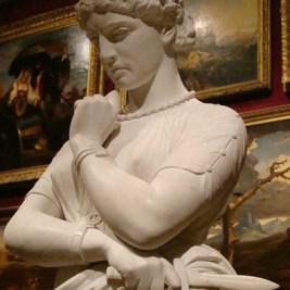 Medea statue