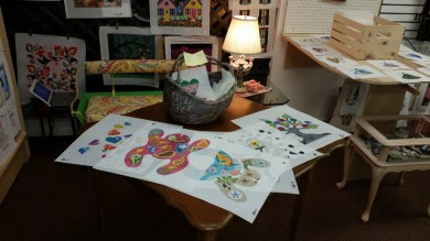 needlepoint frogs and turtles