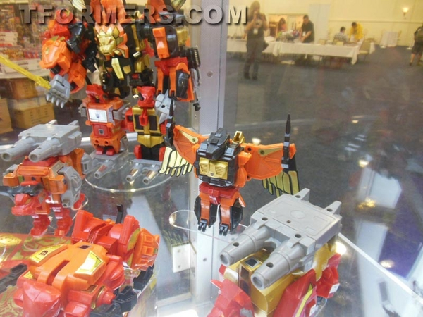 transformers=botcon-2013-generatations-prime-paltinum (109)__scaled_600