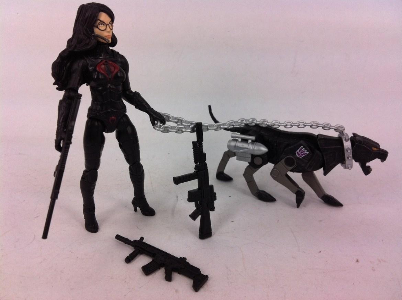 G.I. Joe Transoformers SDCC BARONESS w/Ravage