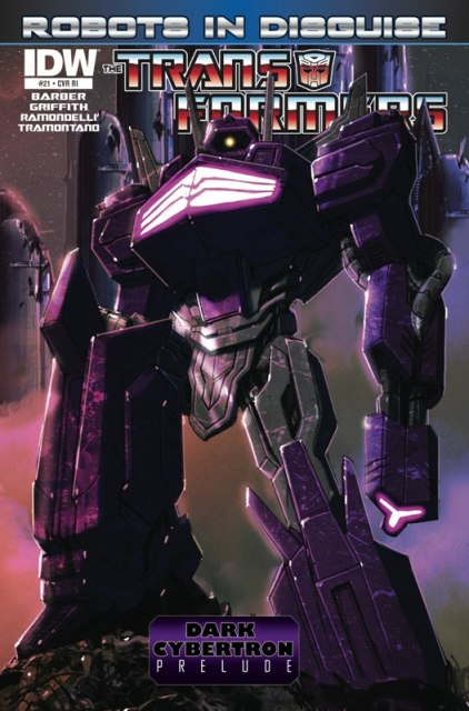 Shockwave is so evil; he stole Soundwaves Retail Only cover.
