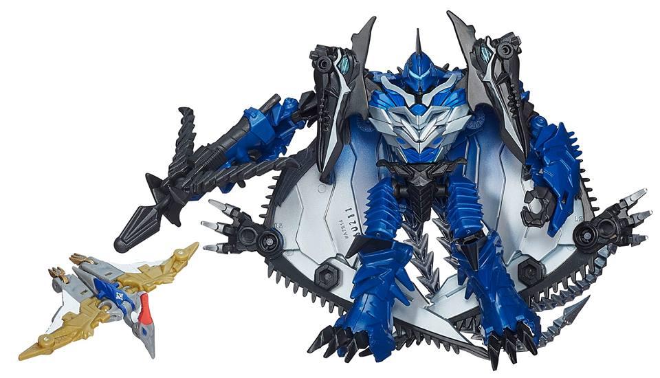 Sneak Peek at New Toys R Us Exclusive Transformers!