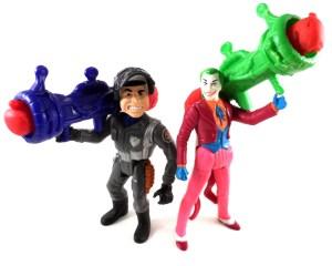 Batman Figure Knock Out Joker 01