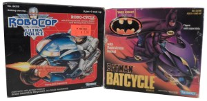 Batman Vehicle Batcycle 02