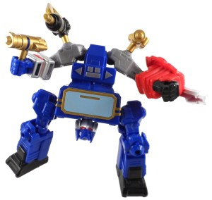 Transformers Mashers Soundwave 09