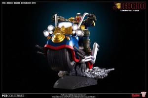Judge Dredd on Lawmaster (2)