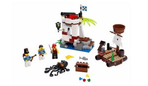 LEGO-Pirates-Soldiers-Outpost-70410-1