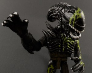 Aliens Minimates 15 Battle Damaged Alien