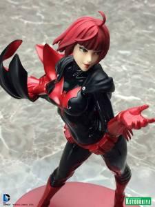 Batwoman Bishoujo Statue (5)