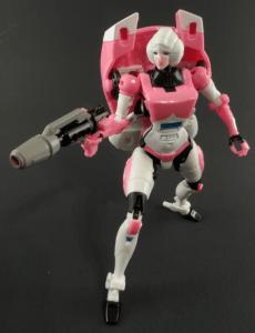 Transformers Generations Arcee 04