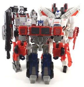 Generations Leader Megatron 18 Compare