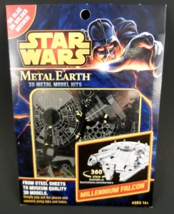 Metal Earth Millenium Falcon 01