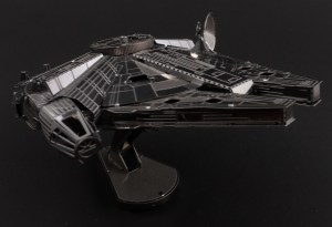 Metal Earth Millenium Falcon 04