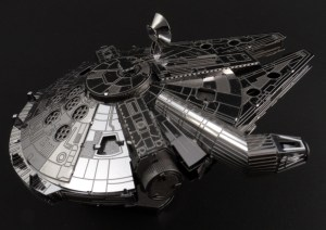 Metal Earth Millenium Falcon 05