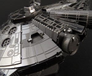 Metal Earth Millenium Falcon 09