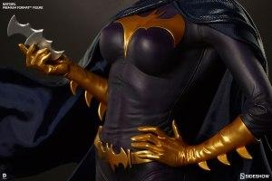 300242-batgirl-07