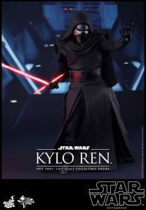Hot Toys Kylo Ren 02