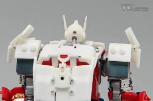TF Upgrader Optimus 07