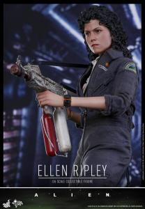 Ellen Ripley (10)
