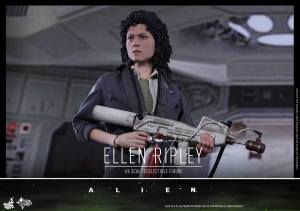Ellen Ripley (13)