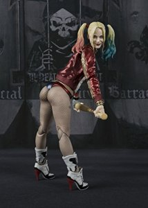 Suicide-Squad-Harley-Quinn-SH-Figuarts-003