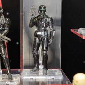 tcc2016-sh-figuarts-rogue-one-death-trooper-specialist