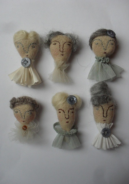 Embroidery Inspiration – Doll Heads