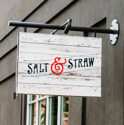 Salt & Straw sign