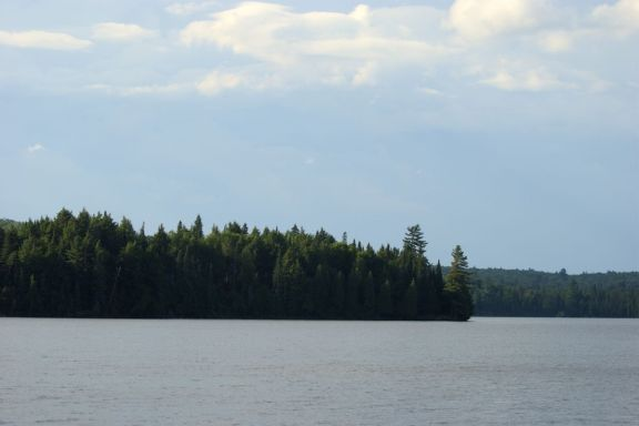Lake Cansiby