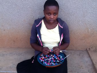 Girl-in-Training-Paper-Beads