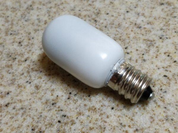天井照明の豆電球のサイズってE12かな?