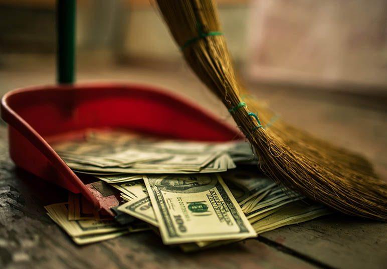 4 creencias limitantes sobre el dinero que desearías no tener [pero que lo más seguro es que las tengas]